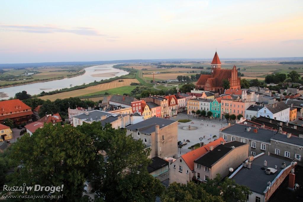 Widok z wieży kościoła pw. Św. Mateusza w Nowem