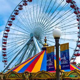 Chicago Navy Pier Ferris Wheel & Merry-Go-Round by John Guest - City,  Street & Park  Amusement Parks ( chicago )