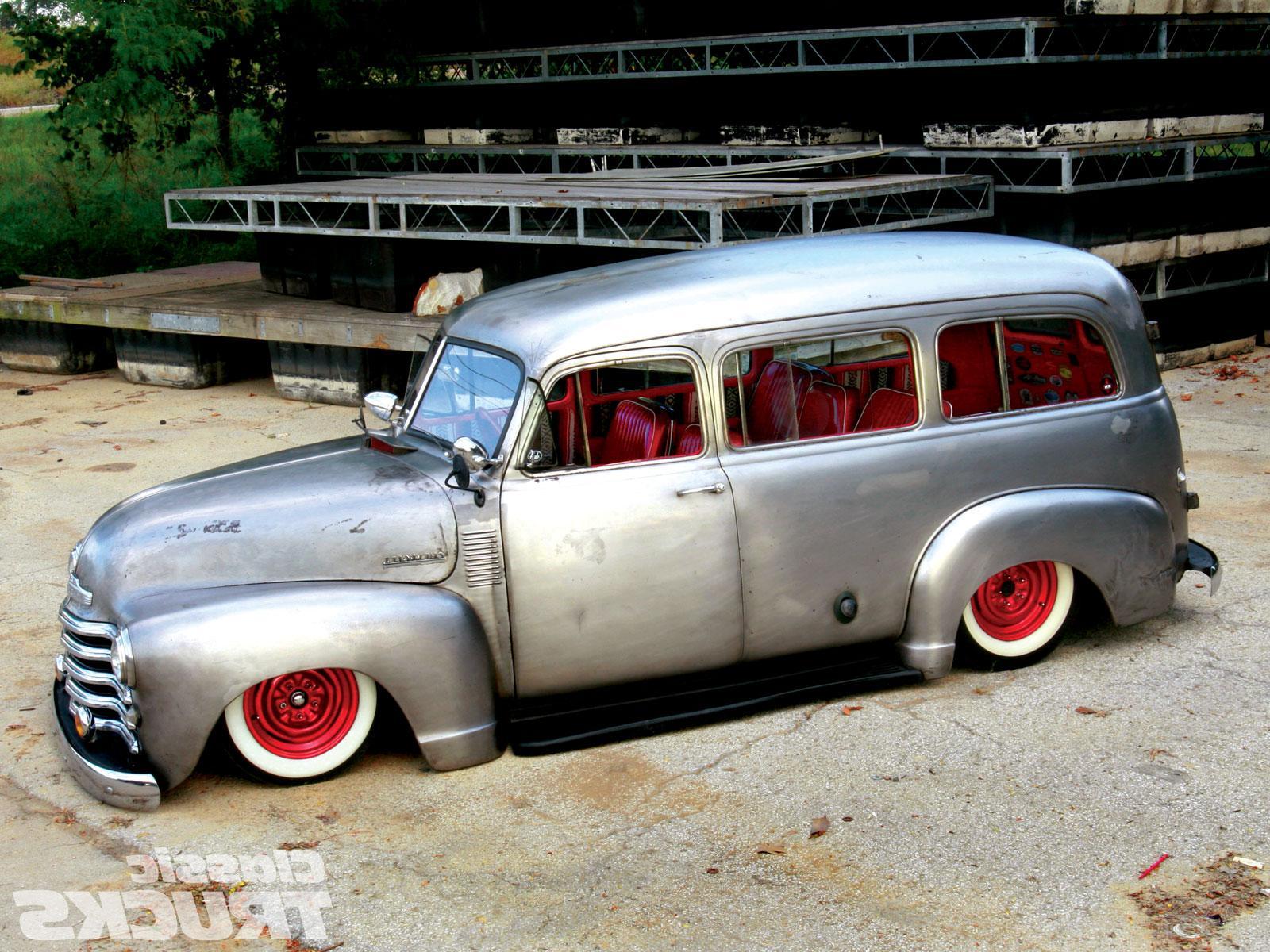 1953 Chevy Suburban Lowered