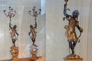 """Два светильника """"негритята"""" 19-й век. Дерево, резьба, роспись, позолота, металл. Высота 150 см."""