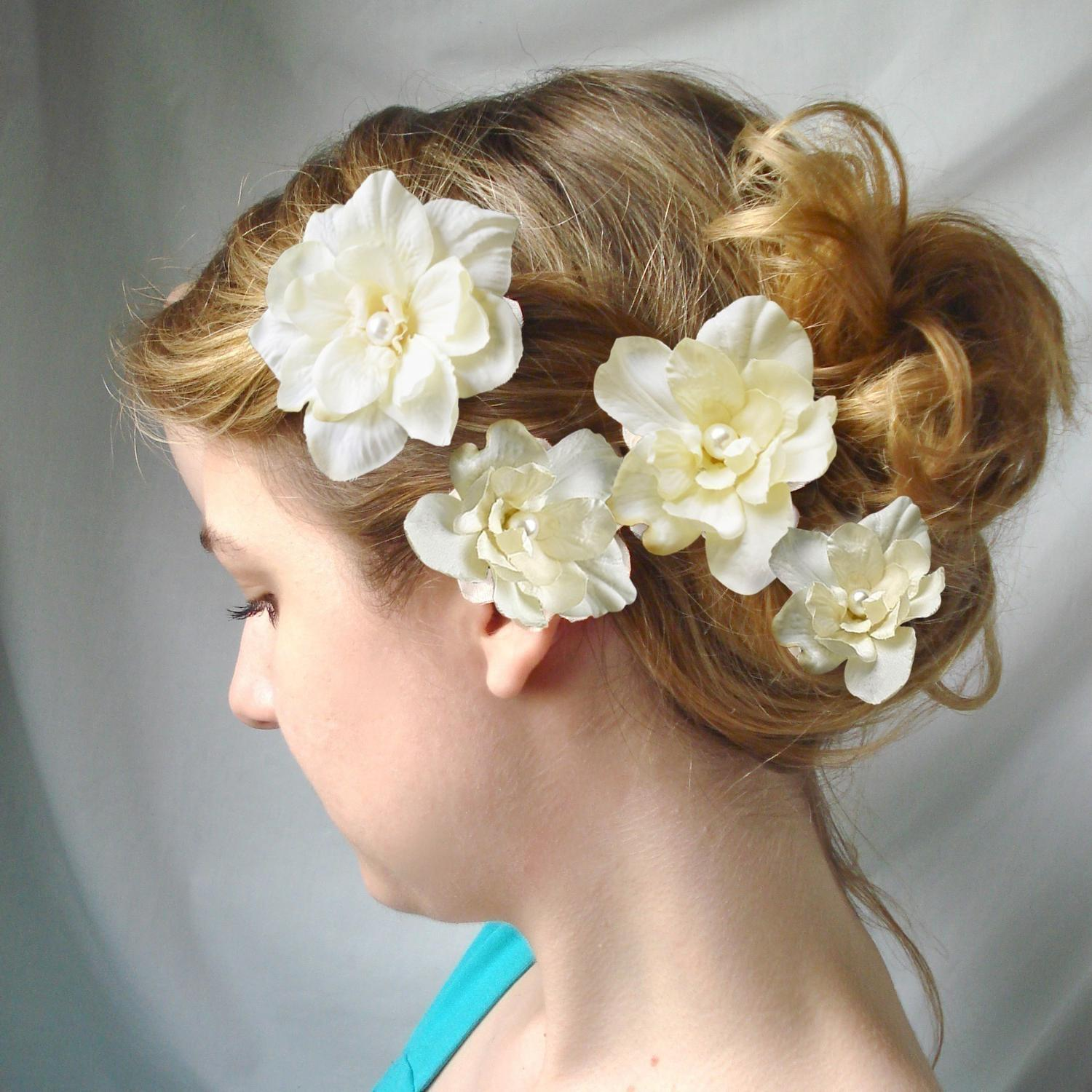 ivory flower hair clips - CUPIDS KISSES - wedding hair pins