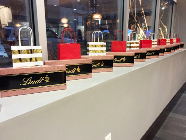 Lindt Chocolate the official confectioner of the 2016 Golden Globes Award Show