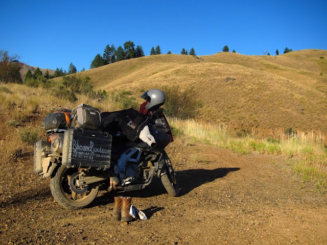Lonely Hills of Hells Canyon