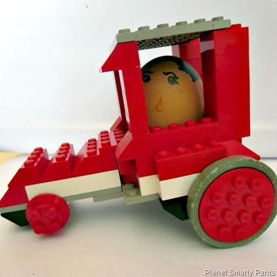 Lego-Egg-Racer