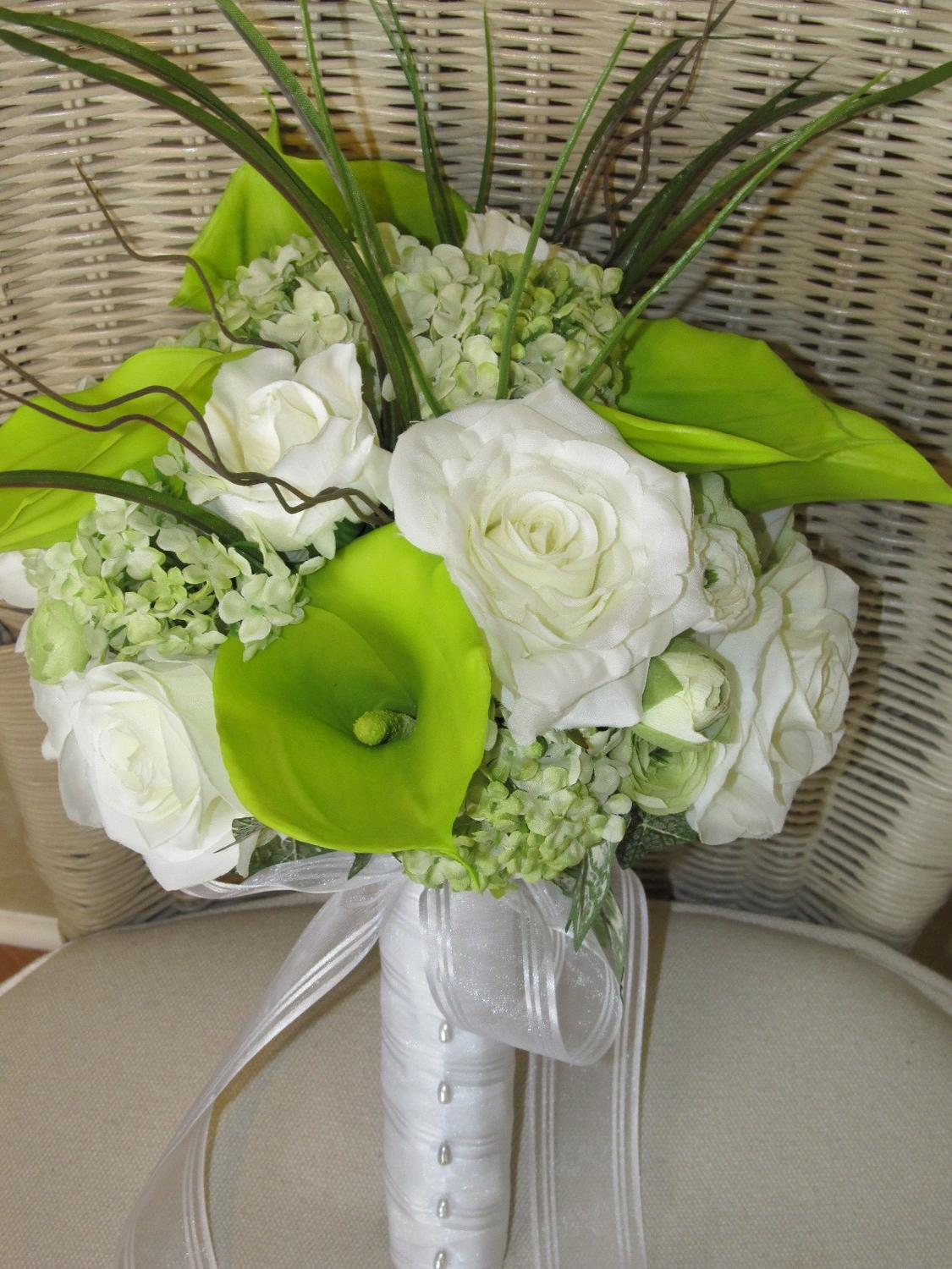 Bridal bouquet in green calla
