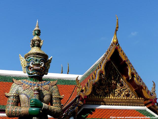 guerrero-guardian-gran-palacio-bangkok.JPG