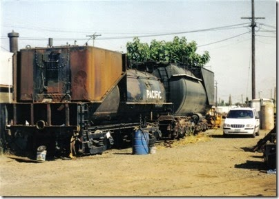 06 Tender of Oregon Railway & Navigation Company #197 & Auxiliary Tender for SP&S 700 at the Brooklyn Roundhouse in Portland, Oregon on August 25, 2002