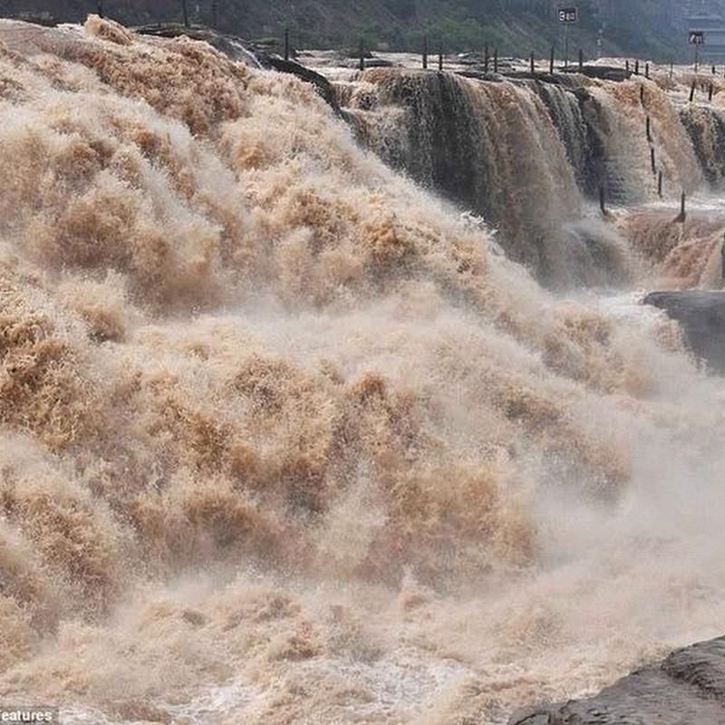 Hukou Waterfall: The Yellow Waterfall