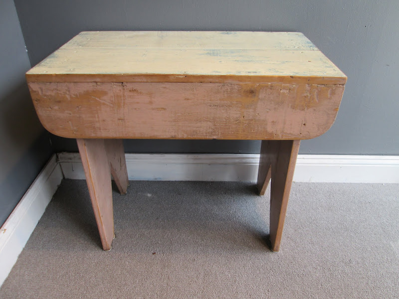 Shabby Chic Style Side Table
