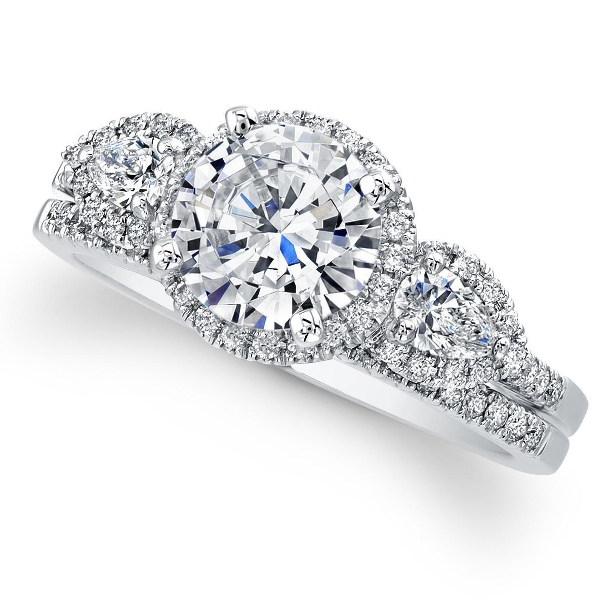 engagement ring set. 68