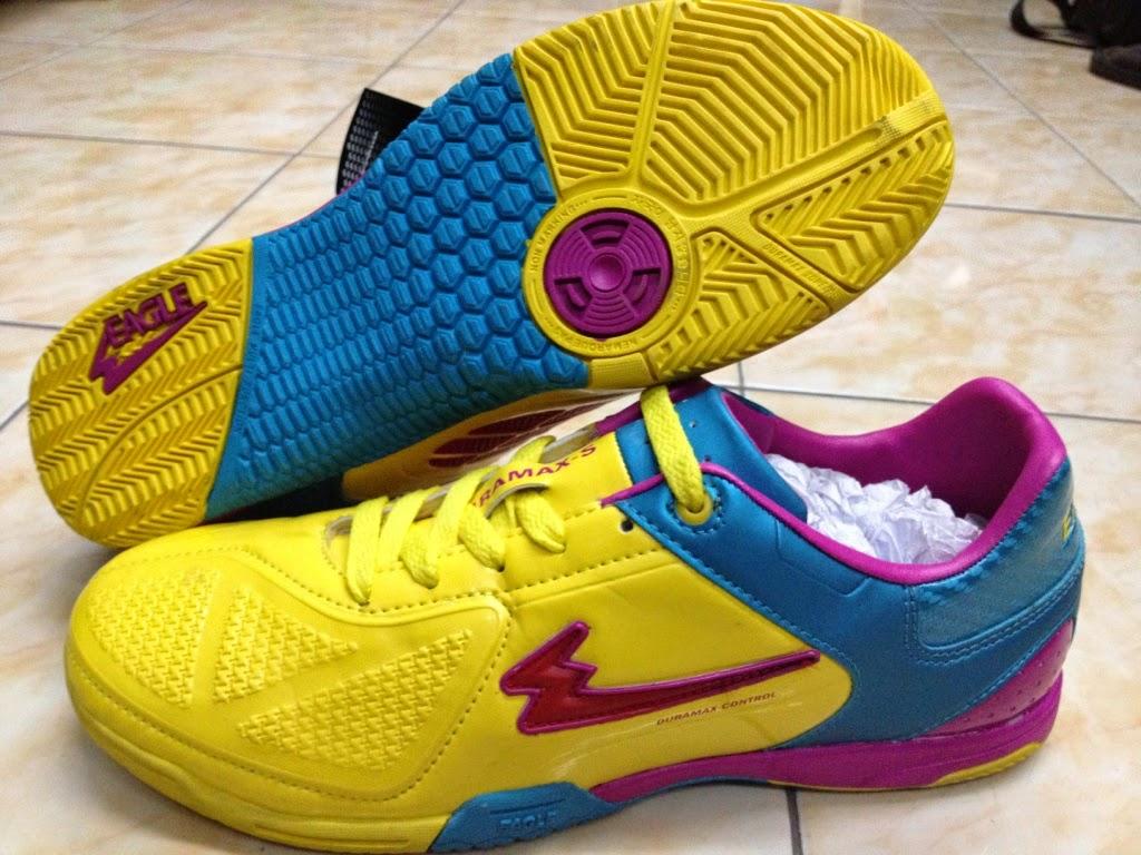 model sepatu futsal specs 2015 - Update Harga Sepatu Futsal Specs Terbaru  2016 Dunia dbdd60f628