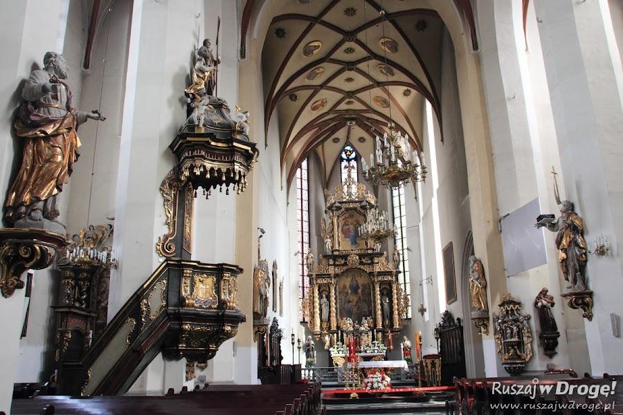 Wnętrza kościoła pw. Wszystkich Świętych w Gliwicach