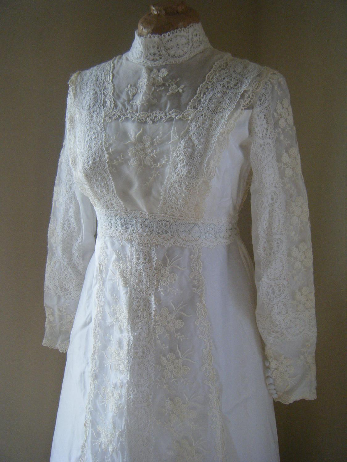 Vintage Lace Wedding Dresses With Long Sleeves