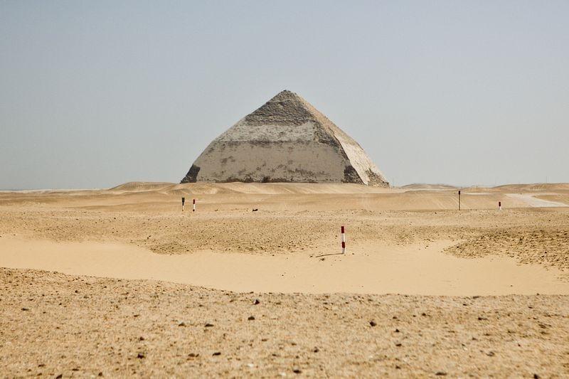 bent-pyramid-2