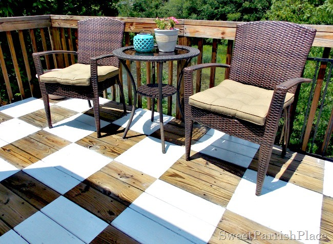 checkerboard painted deck2