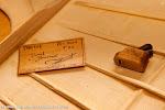 56: Música es el arte de combinar los sonidos... la madera y el silencio... con el tiempo.