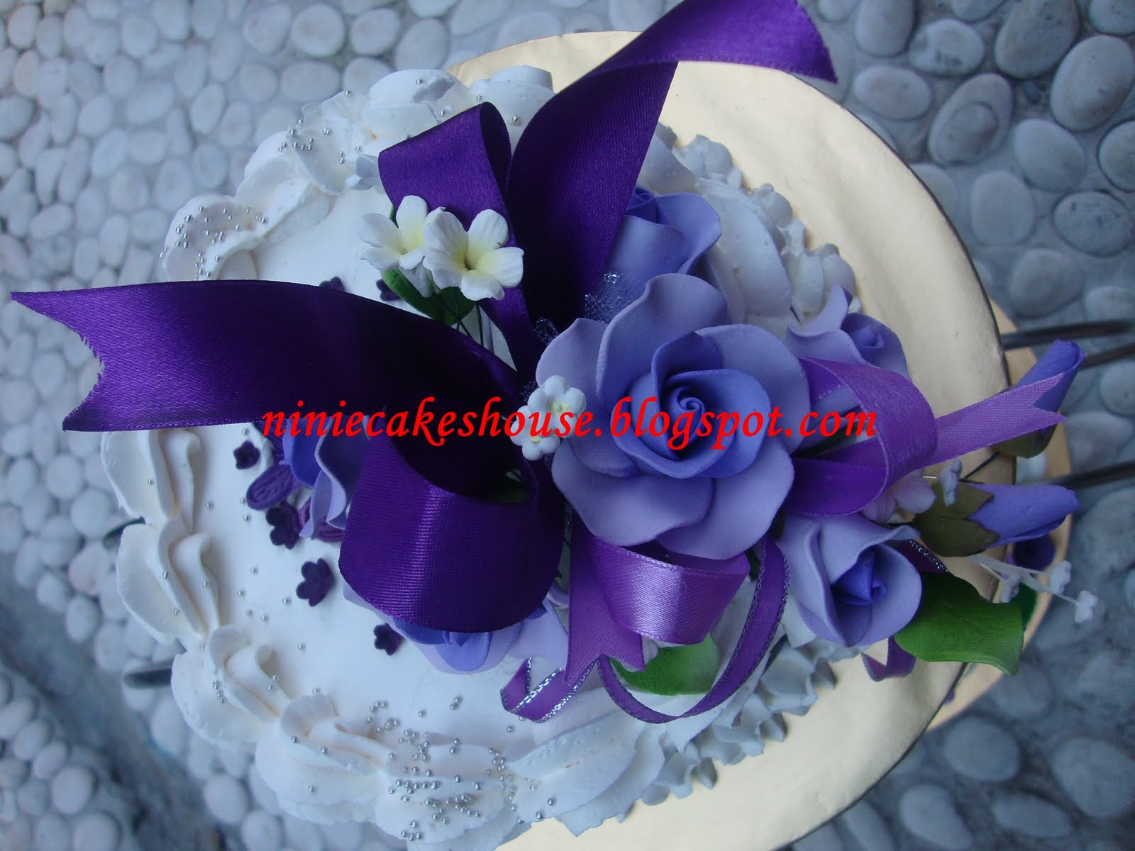 3 Tier Purple and White