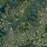 Roermond_Moza.jpg - Rozlewiska Mozy w okolicy Roermond (Holandia); w lewym dolnym narożniku wejście do Kanału Juliany
