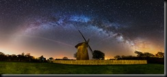 z2369 The Arc of the Milky Way over Bembridge Windmill