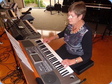Pam Rea playing her Korg Pa900. Photo courtesy of Delyse Whorwood.