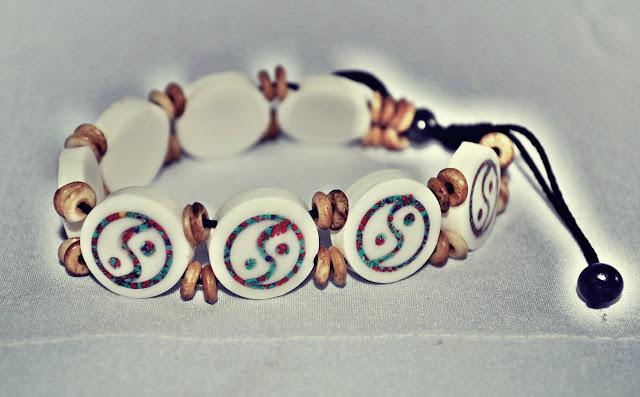 Peace Bone Braceletes