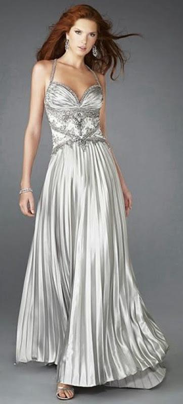 vestido color plata plisado