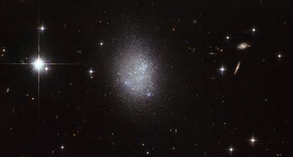 galáxia UGC 11411