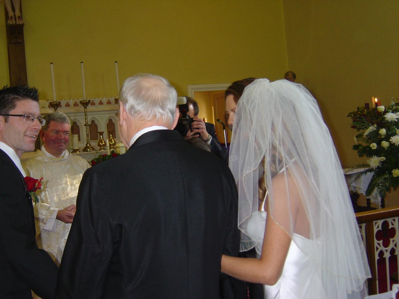 Album: 2006-12-Peter-and-Niamhs-Wedding: wicklow church 14
