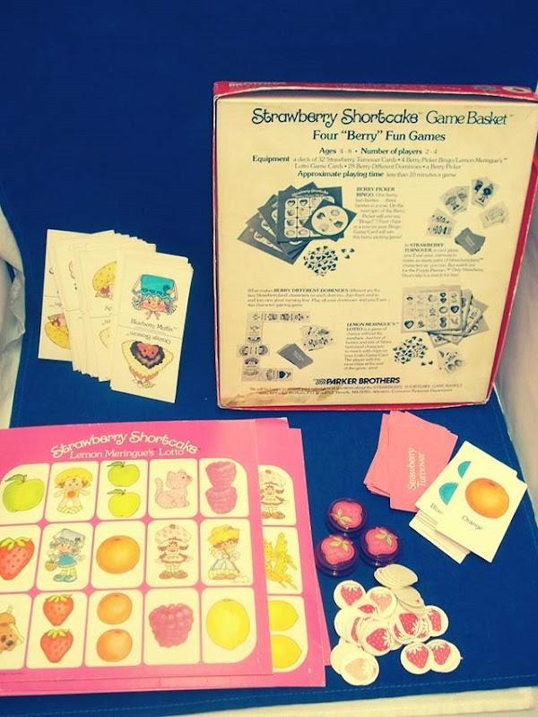 Strawberry Shortcake Board Game Inside