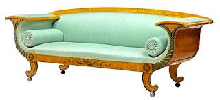 Антикварный диван 19-й век. 235/69/87 см. 7500 евро.