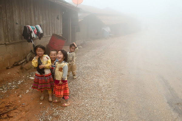 лаос деревня дети