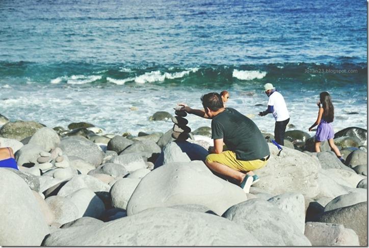Batanes-Philippines-jotan23 -boulder bay beach