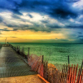 PIER BEAUTY  by Louis Perlia - Landscapes Waterscapes