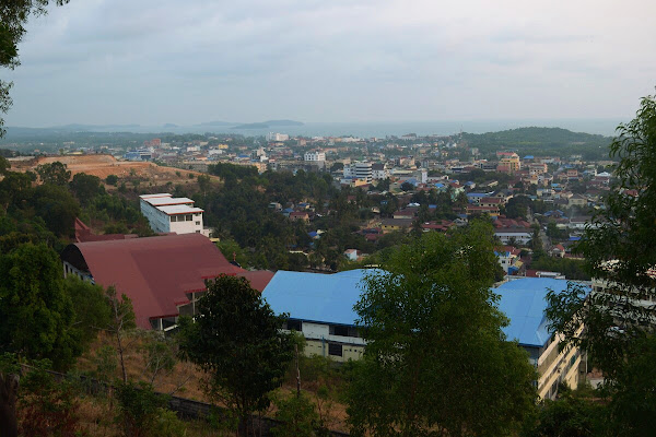 Вид на Сиануквиль и Сиамский залив панорама