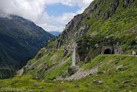 Sustenpaß, Westrampe. Von Innertkirchen kommend. Gegenüber des Steingletscher.