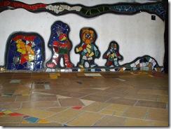 800px-Hundertwasser-Kindergarten_(4)