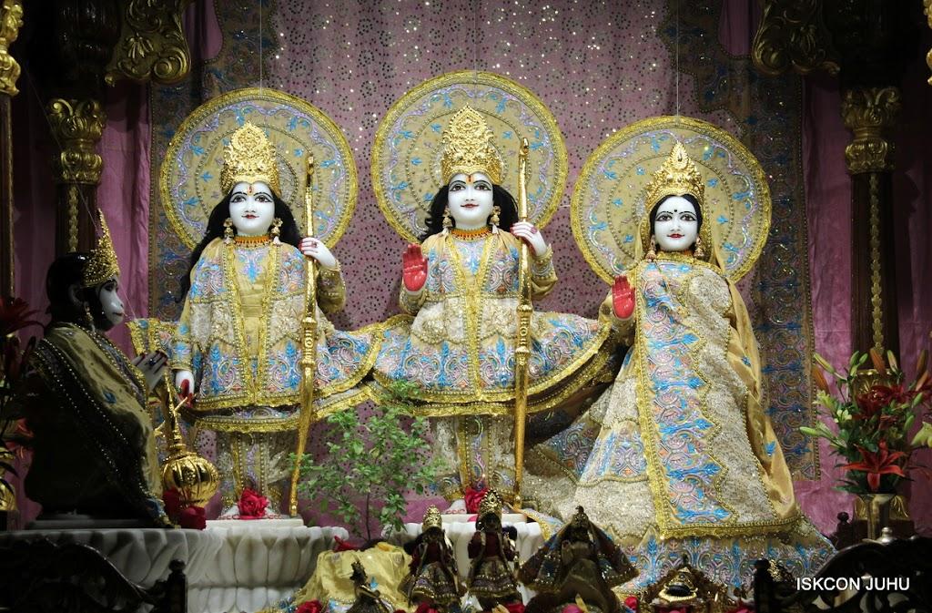 ISKCON Juhu Mangal deity Darshan 09 Feb 16 (2)