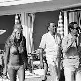 Miss Biarritz (centre) lui a servi de guide pour son court séjour à Biarritz