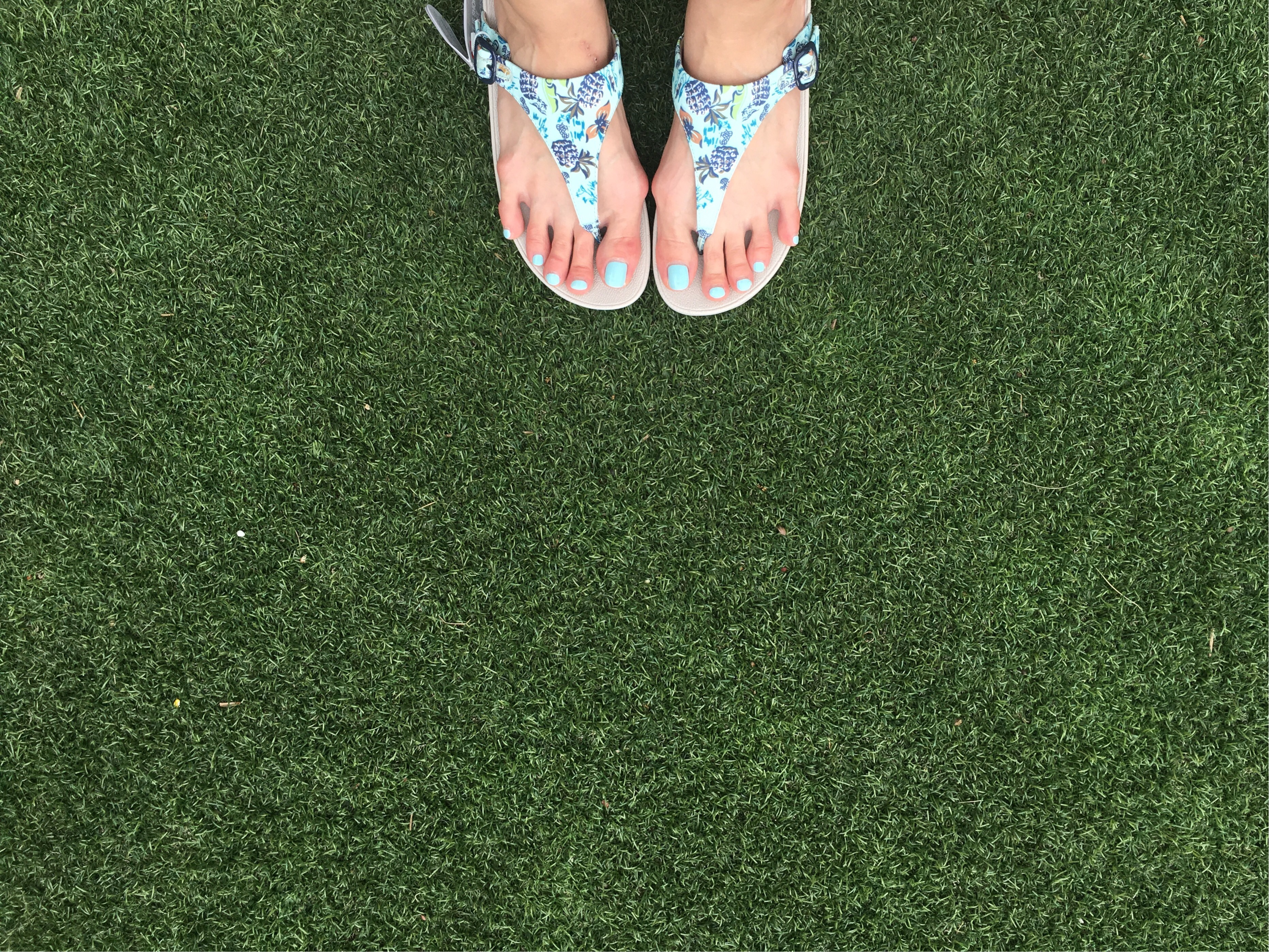 72d603757b0a Excuse my unusually long toes  haha  but can you just admire the free  spirited design with pineapple prints  😍