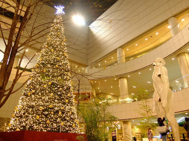 東京オペラシティのクリスマスイルミネーション2015