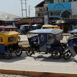 O reencontro com os tuk-tuks - Rumo a Piura, Peru