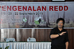 Pak Tommy Yulianto sedang memberikan materi terkait dengan kegiatan REDD+