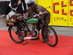 2015.07.05-101 moto Kelyett