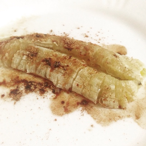 Banana e canela no Microondas