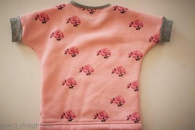 ottobre sweatshirt 32015 peekaboo okey dokey overalls sew a straight line-2146