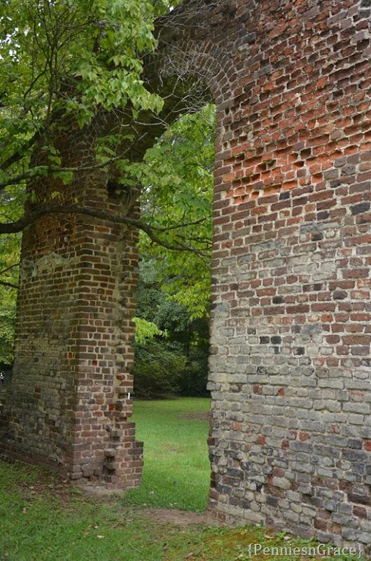 Biggins Church ruins (2)