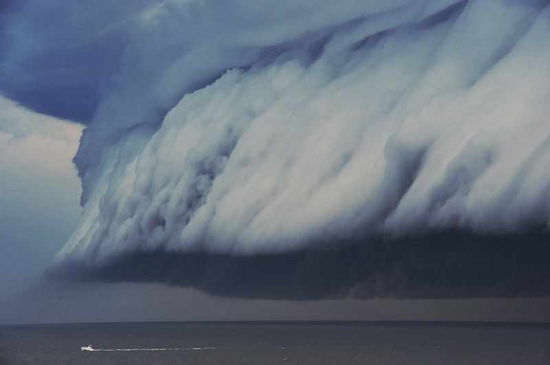shelf-cloud-tsunami-sydney-3