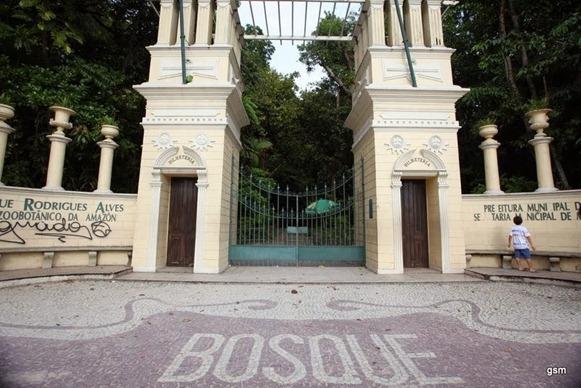 Bosque Rodriuges Alves, entrata principale - Belém do Parà, fonte: Pontos Turísticos De Belem