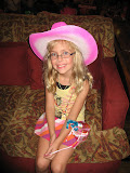 Hannah sitting in the family room at the Grand Ole Opry in Nashville TN 09032011