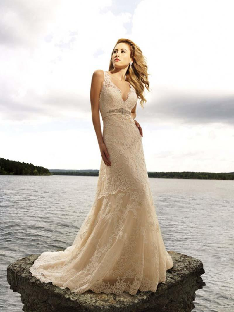 Romantic wedding gowns comes